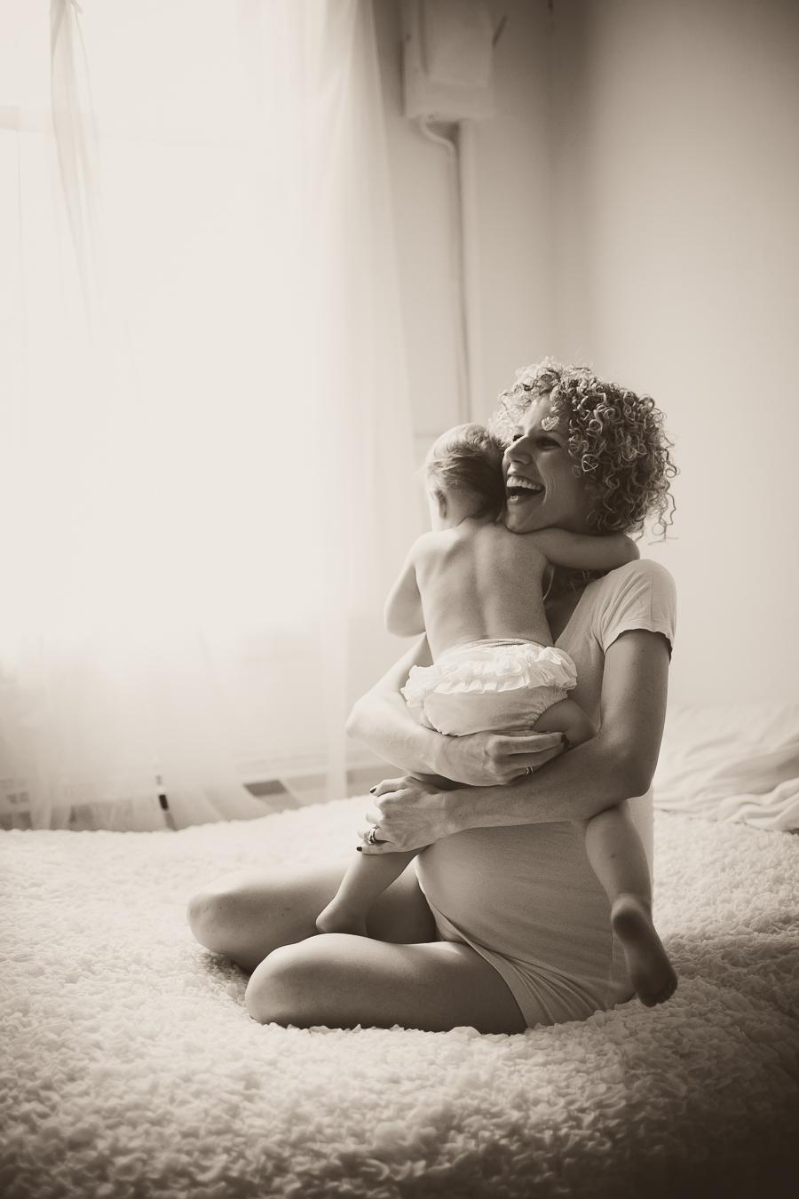 peterborough photographer, peterborough ontario portrait photographer, peterborough maternity photographer, peterborough newborn photographer, maternity photography, newborn photography