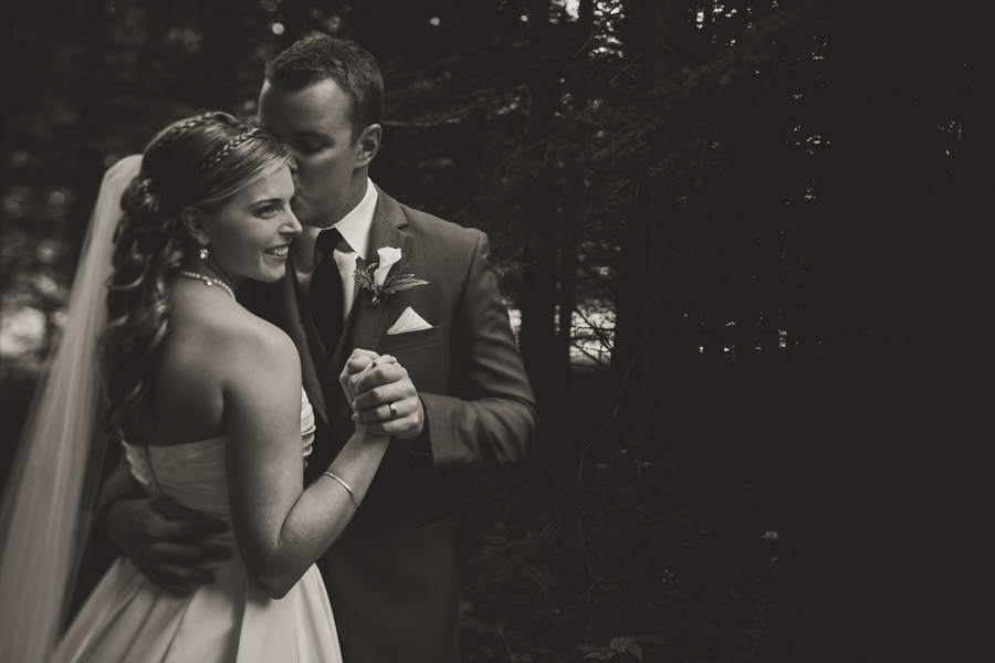 ontario wedding photographer, peterborough ontario wedding photographer, peterborough wedding photography, canadian wedding photographer, destination wedding photographer