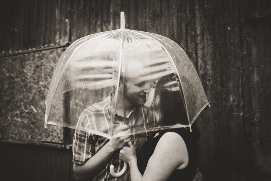 rainy engagement photographer
