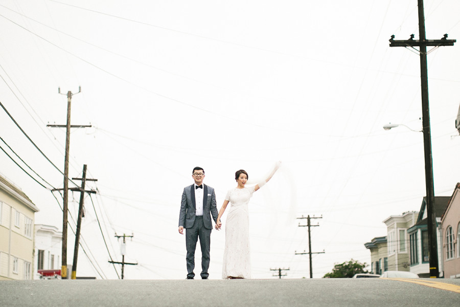 bride and groom in sanfrancisco