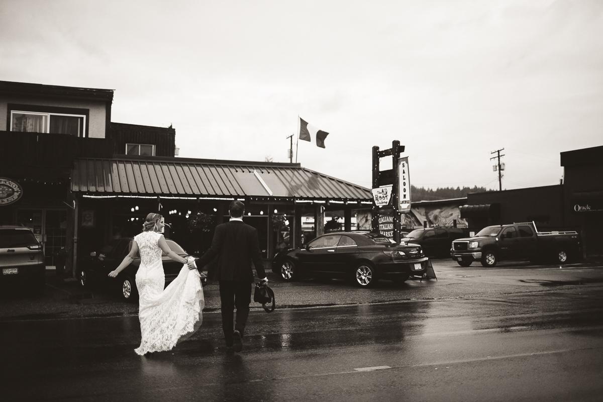 sunshine coast elopement-sechelt downtown wedding