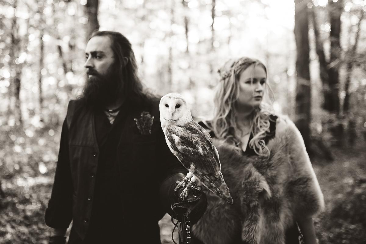 barn owl wedding photography