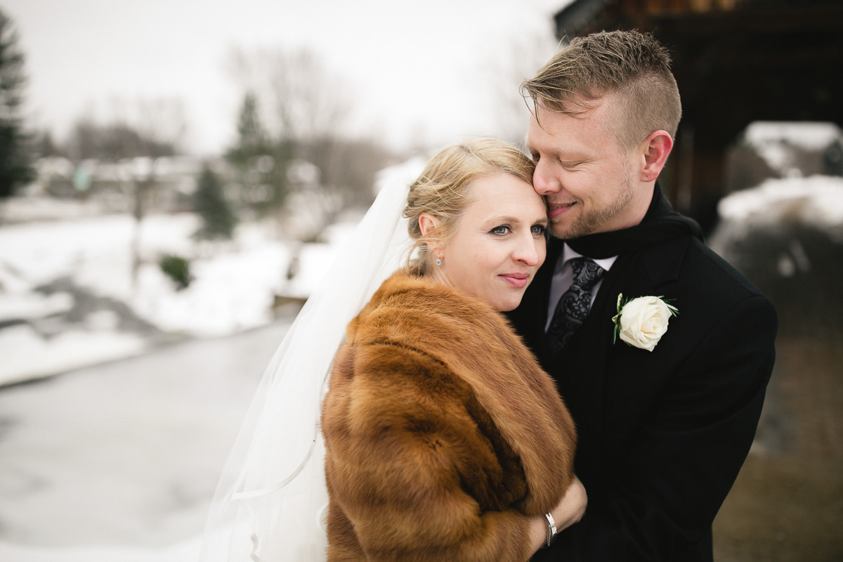winter wedding photographer cobourg