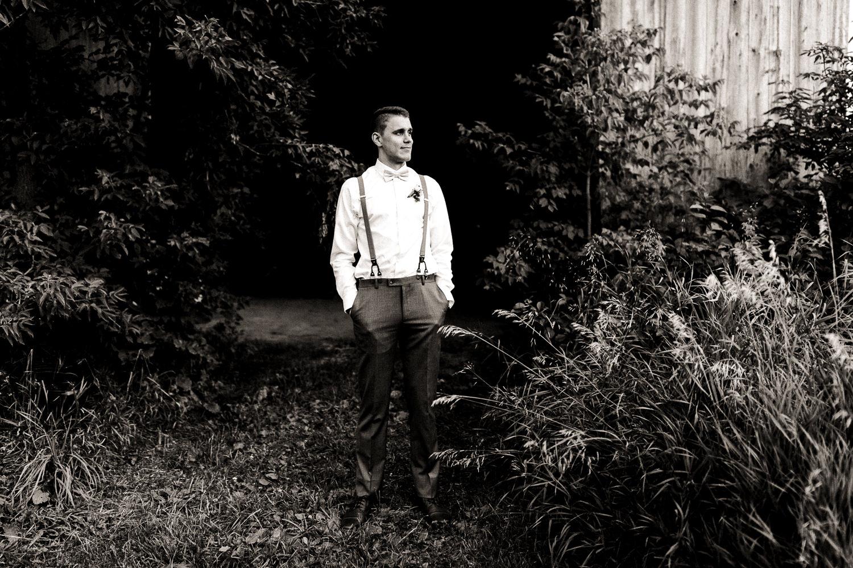 wedding photographer peterborough ontario