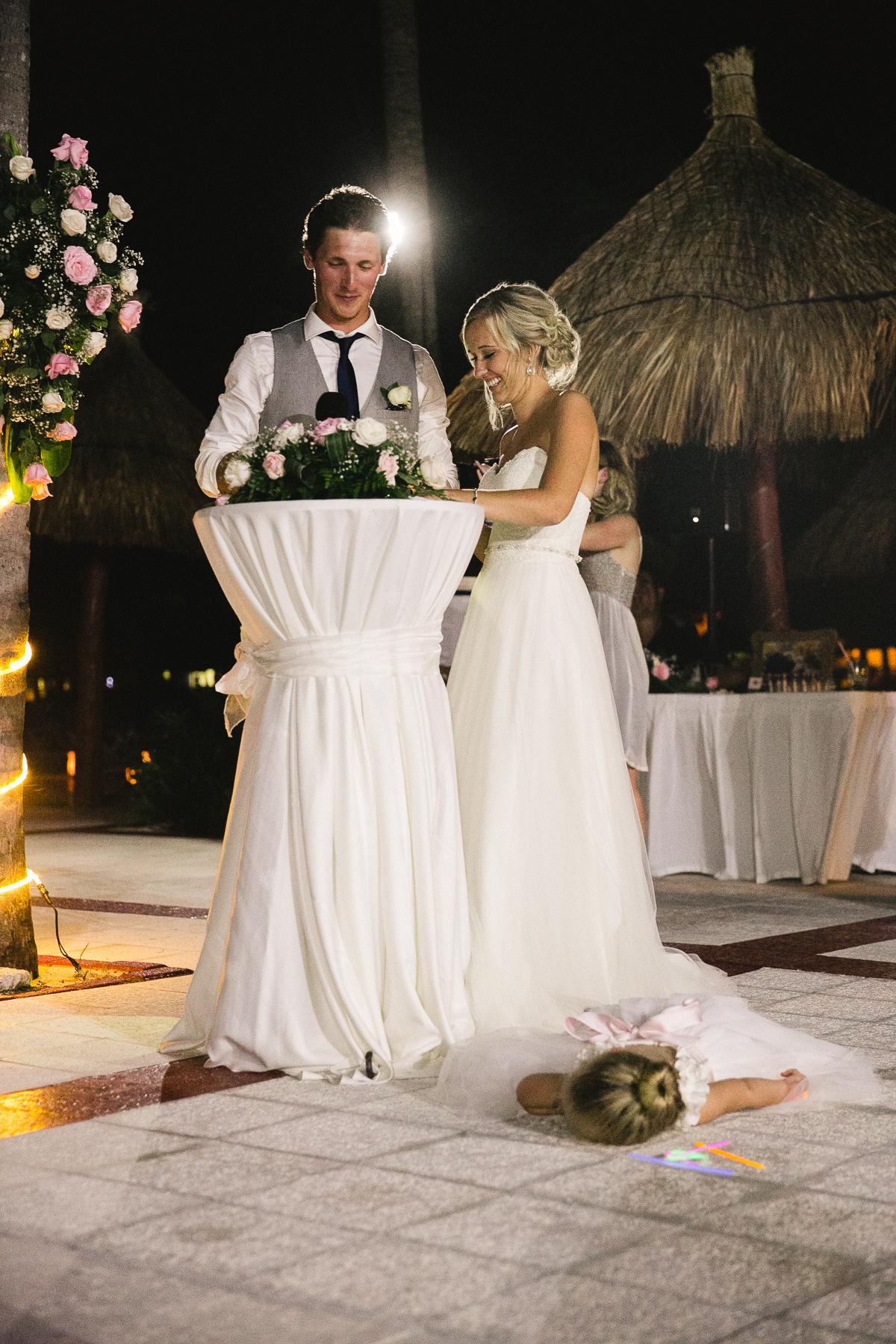 cancun wedding reception photographer