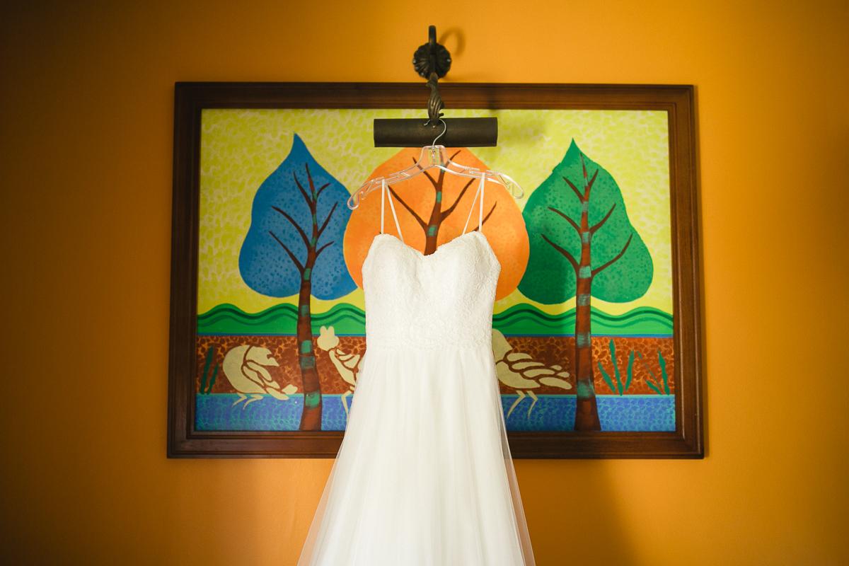 girls getting ready mexico wedding photographer