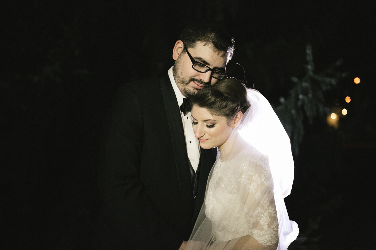 bride and groom jewish wedding toronto