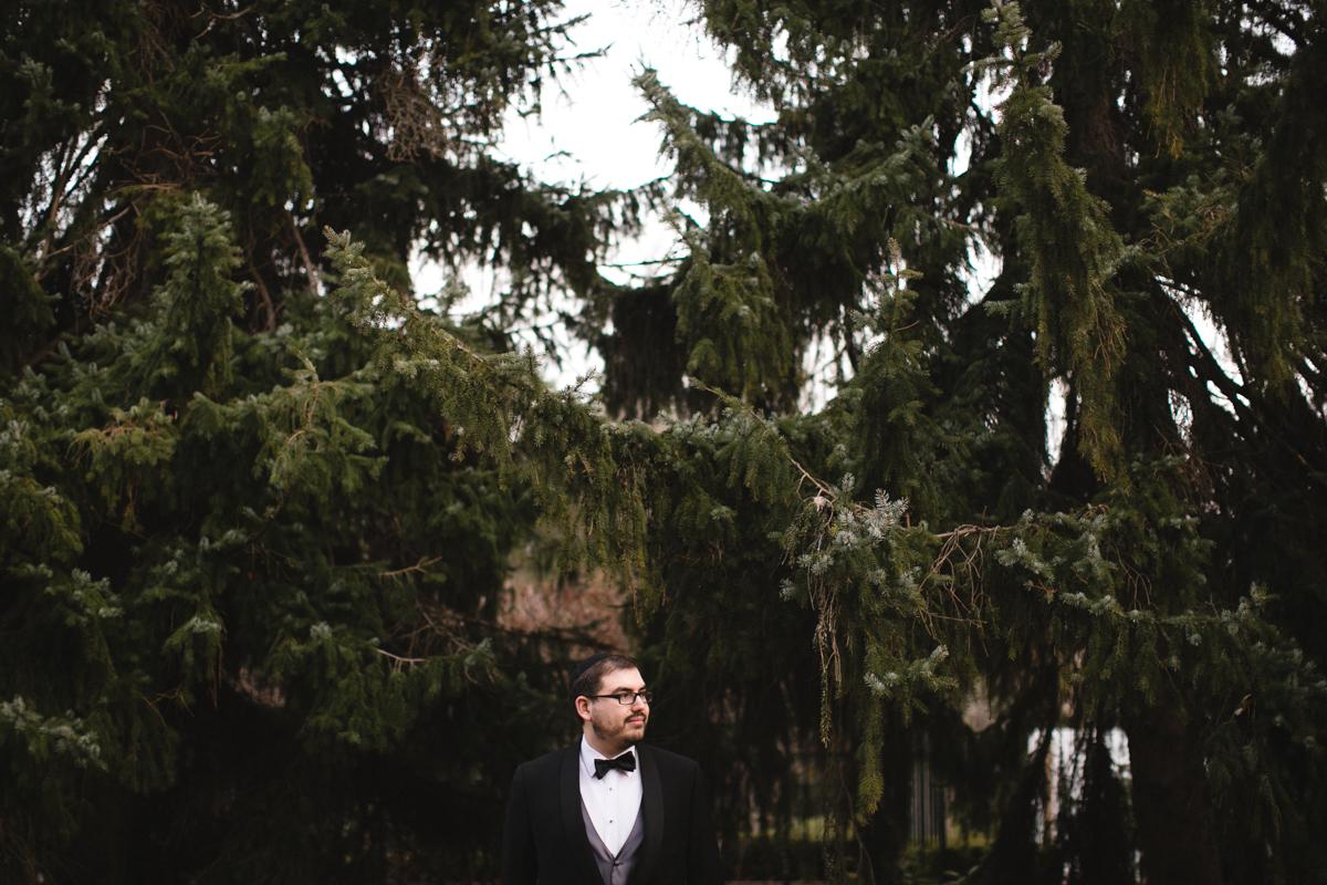jewish wedding groom